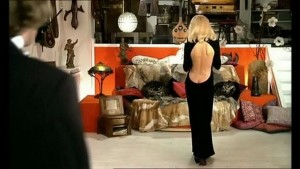rueducine.com-le-grand-blond-avec-une-chaussure-noire-photo (5)